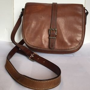 fd55db998a Cole Haan. Vintage Cole Hann leather cross body purse